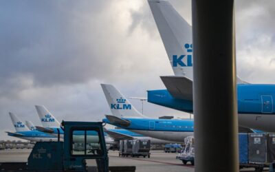KLM To Cut 2000 Jobs & Will Suspend Up To 40% Of Flights