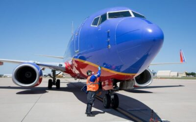 Southwest Extends Blocked Middle Seats and Eliminates Mask Exceptions